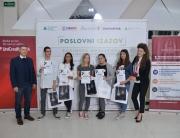 """Mentori UM-a sa svojim timovima osvojili prvo i drugo mesto na takmičenju """"Dostignuća mladih"""""""